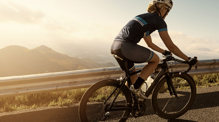 Perfect posture in the saddle on a road bicycle