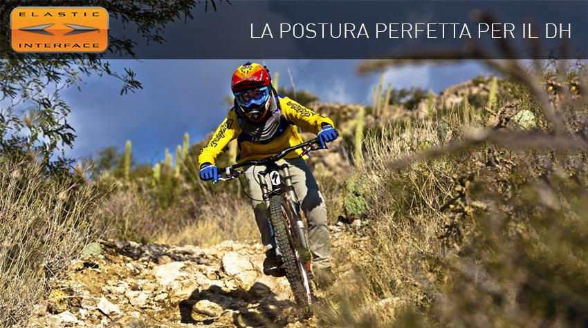 postura perfetta per il downhill