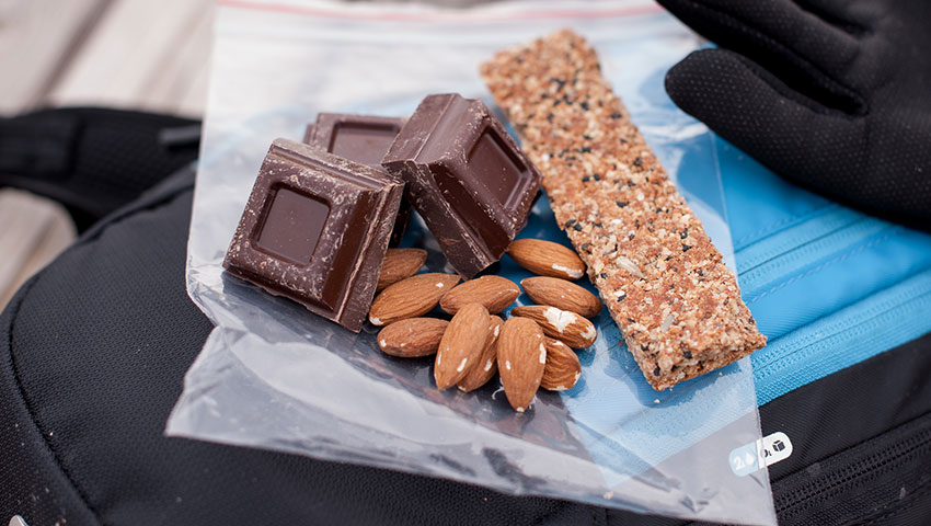 nutrition during winter mtb ride elastic interface
